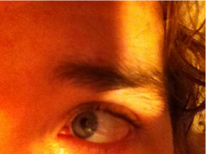 ChrisOneEyebrow.png